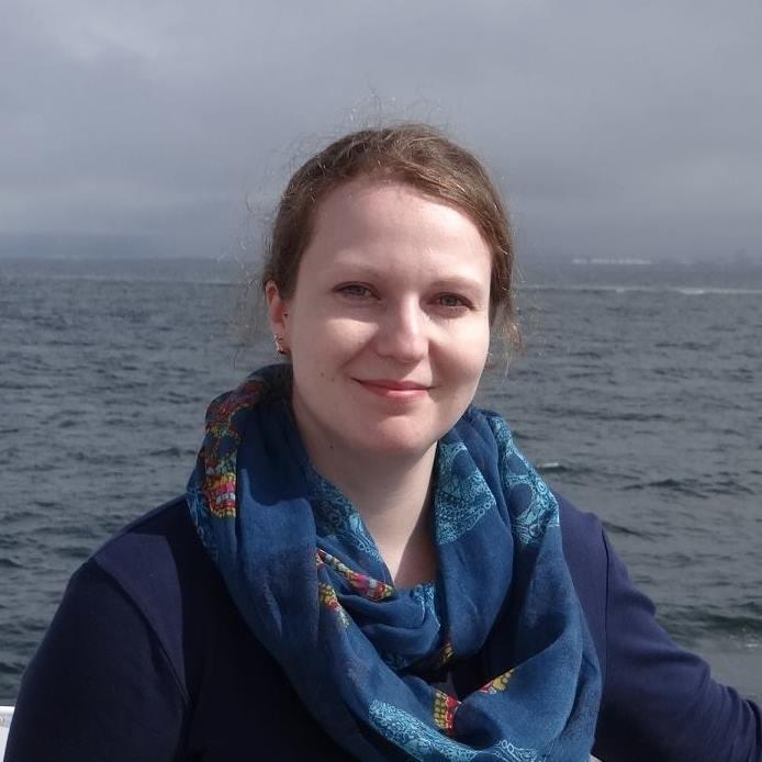 Dr. Ewelina Kronbichler - Trainerin im Bereich: Hypnose