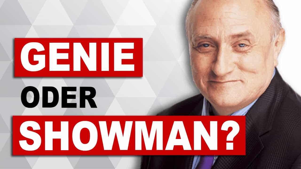 """Richard Bandler nebem dem Schriftzug """"Genie oder Showman?"""""""